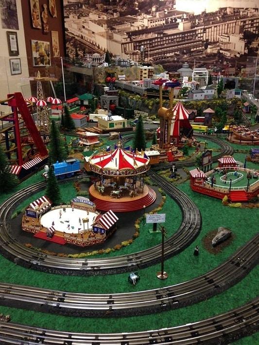 Color photo miniature train display